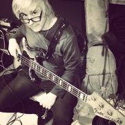 Bassist Gary Lunn