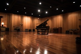Large Tracking Room