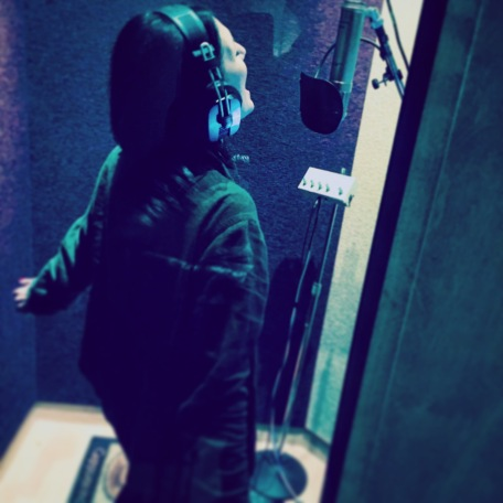 Kerri Singing with Glee!